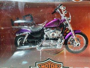 Miniatura Moto Harley Davidson XL1200 V Seventy-Two 2013 Escala 1/18