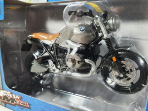 Miniatura Moto BMW R nine T Scrambler - Escala 1/18 - Maisto
