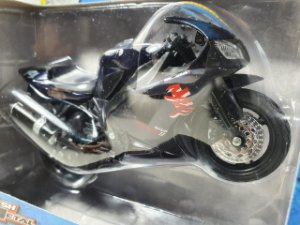 Miniatura Moto Yamaha YZF R7 - Escala 1/18 - Maisto