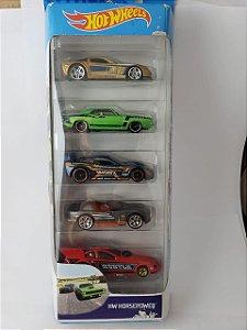 Pack com 5 Miniaturas Hot Wheels - HW Horsepower