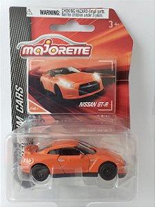 Miniatura Majorette - Nissan GTR - Escala 1/64 - Aprox. 8cm