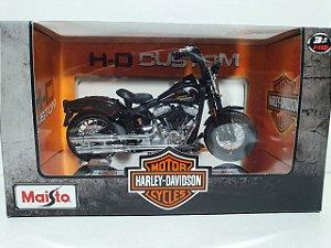 Miniatura Moto Harley Davidson 2008 FLSTSB Cross Bones - Escala 1/18 - Maisto