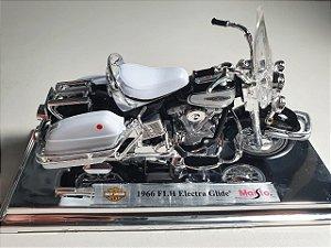 Miniatura Moto Harley Davidson FLH Electra Glide 1966 - Escala 1/18