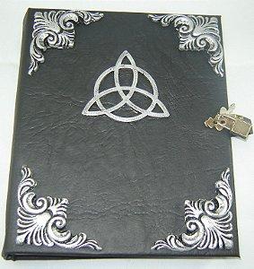 Livro das Sombras com Triquetra cod.253