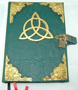 Livro das Sombras triquetra cod.274