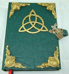 Livro das Sombras triquetra cod.276