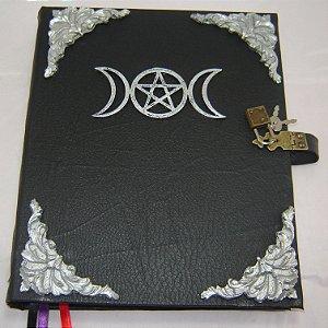 Livro das Sombras com Triluna cod.323