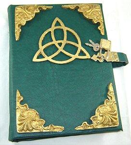 Livro das Sombras triquetra cod.359