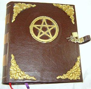 Livro das Sombras com Pentagrama cod.371