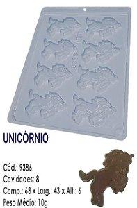 FORMA PLÁSTICA PARA CHOCOLATE BWB BOMBOM UNICORNIO UN R.9386