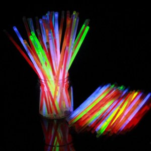 PULSEIRAS DE NEON LIGHT STICK BRILHA NO ESCURO C/50UN R.GS50PC