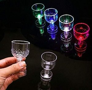 MINI TAÇA PISCA LUZ LED PARA FESTA 40ML UN R.14006