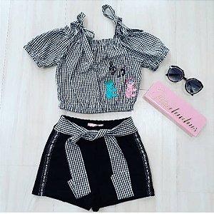 Conjunto Blusa Ciganinha com Shorts