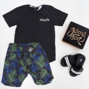 Conjunto Camiseta Cinza Chumbo com Bermuda Tactel Estampada