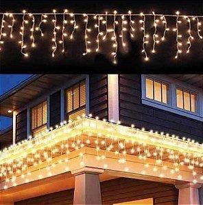 Cascata Fixa com 100 LEDs - Fio Branco 110V - Branco Morno