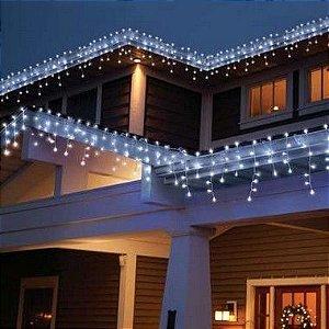 Cascata Fixa com 400 LEDs - Fio Branco 110V - Branco Frio