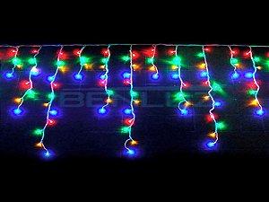 Cascata sequencial 100 LEDs Fio Branco 2,5 Metros colorido 220V