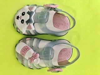 Sandália gatinho bebê