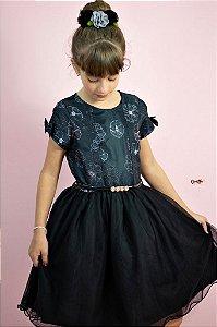 Vestido Preto com Flor