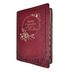 Bíblia De Estudos Da Mulher – Capa Em Couro Bordô - NVT