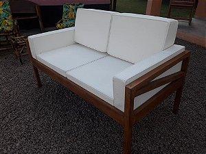 Sofa em Madeira de Demolição com Almofadas em Tecido Náutico