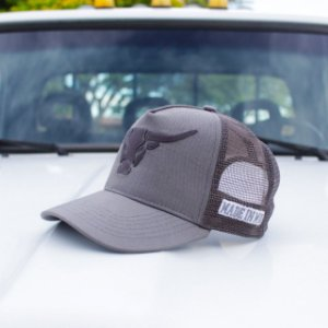 Boné Made in Mud Grey Trucker