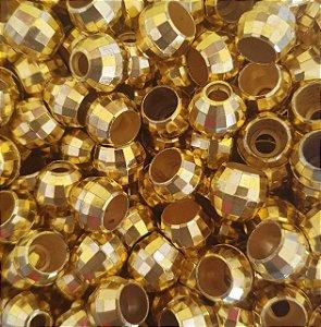 Entremeio Bola Vazada Sextavada - Bola Globinho Dourada - Tamanho 14 mm - Furo Largo - (Pacote com 12 unidades)