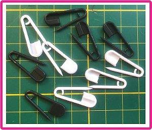 Marcador - Alfinete Plástico - (Pacote com 5 alfinetes pretos + 5 alfinetes brancos) Tamanho: 25mm