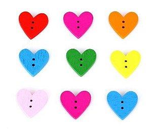 Botão de Madeira Coração -Tamanho: 15mm *Pacote com 10 botões de cores sortidas*