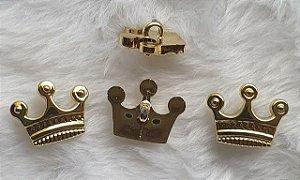 Botão Coroa 3 Pontas - Dourado-  Plástico - Tamanho 21mmX17mm - Unidade