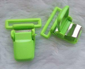 Presilha Plástica com metal (tipo jacaré) - Verde Limão - 37x32mm