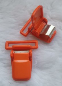 Presilha Plástica com metal (tipo jacaré) - Laranja - 37x32mm