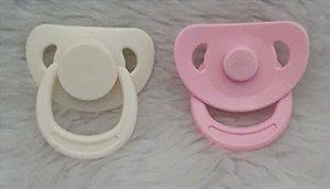 Chupeta Magnética para Bonecos de Amigurumi, bebe reborn, feltro, tecido. Embalagem: 1 chupeta e um imã de neodímio para a parte interna da boca.