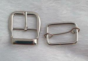 Kit Fivela + Fivela de ajuste - Aço inox - Cromada - Tamanho 32mm x 35mm- Embalagem com 3 jogos (fivela + fivela de ajuste)