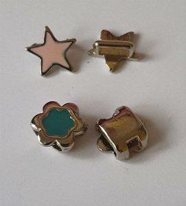 Passante de metal - Estrela e Flor - Medidas na descrição - Embalagem com um par -
