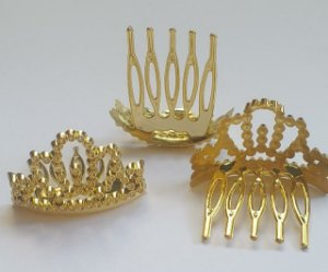 Tiara Pente Coroa - Plástico dourado - 41x x 27mm (tamanho da coroa sem pente) *venda por unidade*