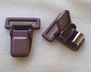 Presilha Plástica com metal (tipo jacaré) - NUDE - 37x32mm
