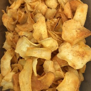 Chips de Mandioca com Barbecue