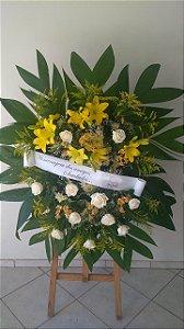 Coroa Fúnebre Rosas, Crisântemos e Lírios.
