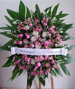 Coroa Fúnebre Rosas, Alstroemérias  e Crisântemos