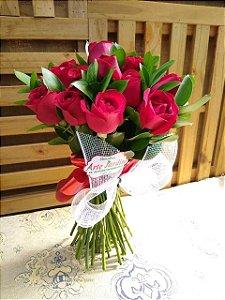 Buquê Topiara com 24 Rosas Vermelhas Nacionais