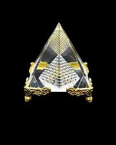 Pirâmide de Cristal c/ Pés Dourados