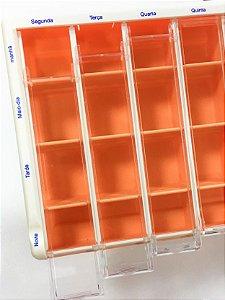 Caixa porta medicamentos com divisórias