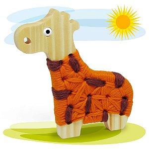 Alinhavo Girafa Filó - Brinquedo Educativo de Madeira