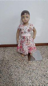 Vestido estampa floral com faixa brilho, laço atrás