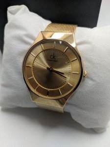 Calvin Klein - Dourado