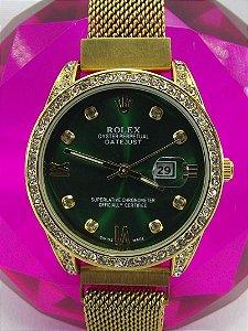 Feminino Rolex Dourado com Fundo Verde