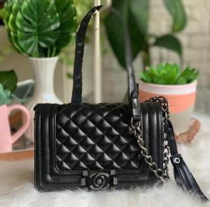 Bolsa Chanel Boy New Medium - Preta