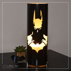 Luminária de mesa decorativa - Batman