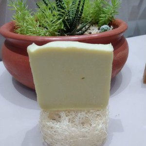 Sabonete 100% oliva Petalasdebeleza